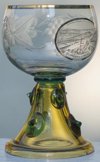 edler Theresienthal Prunk Römer Weinrömer Glas Emailmalerei Golddekor um 1890